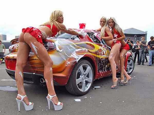голые на машинах