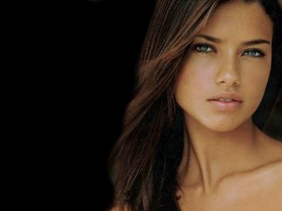 Brazilian Supermodel-Adriana Lima wallpapers