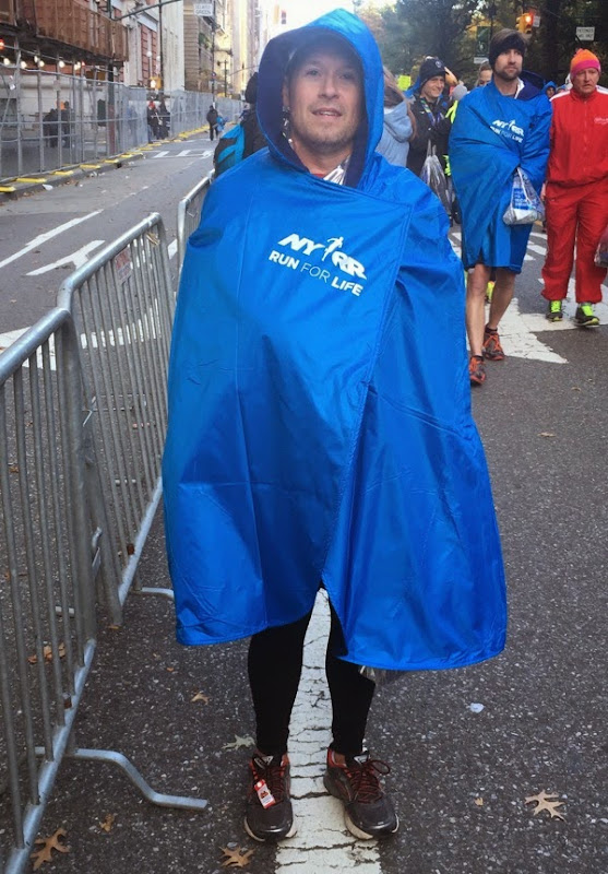 2014 New York Marathon no baggage poncho