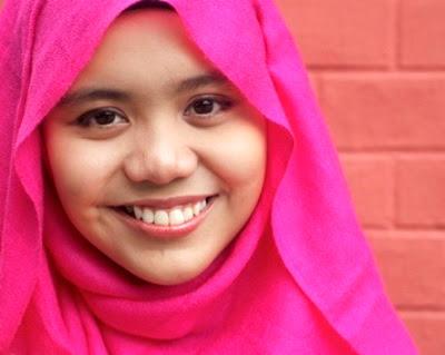 Najwa Latif - Cinta Muka Buku MP3