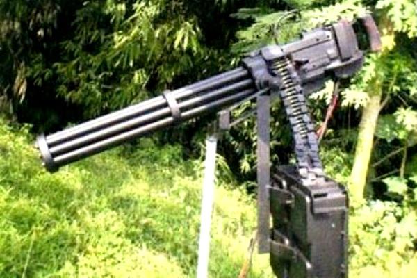 Gatling Gun PT Pindad dan TNI-AD. PROKIMAL ONLINE Kotabumi Lampung Utara