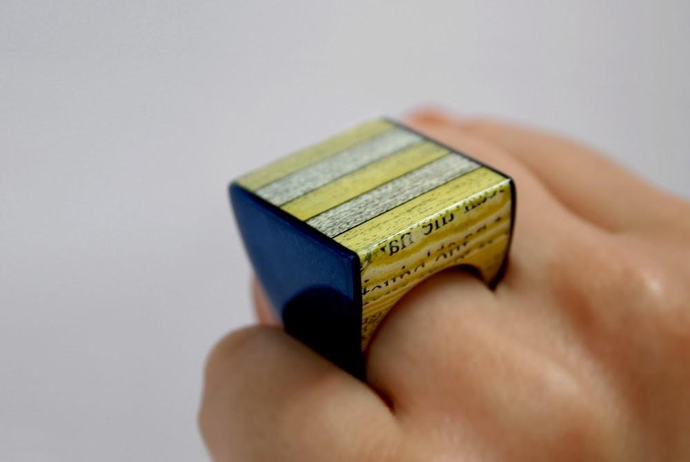 18-Paper-Jewellery-Jeremy-May-Literary-Jewels-www-designstack-co