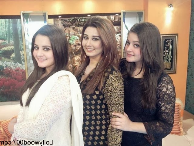 Pakistani Female Aiman Khan And Minal Khan