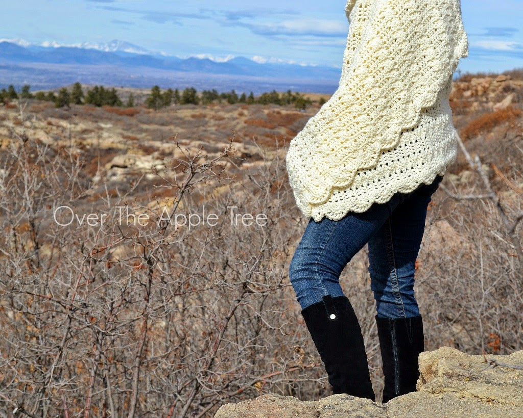 Crochet Shawl >> Over The Apple Tree