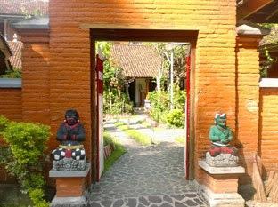 Hotel Murah Lovina - Adi Homestay
