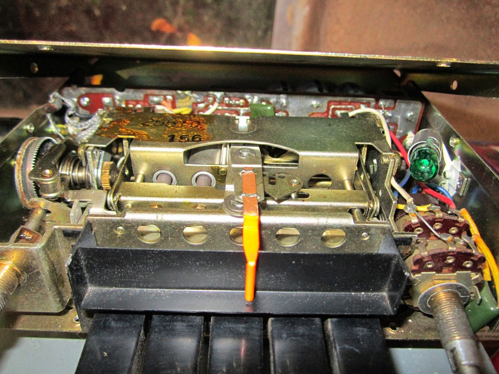 restoration volvo 122s 1969 dashboard lights in the volvo. Black Bedroom Furniture Sets. Home Design Ideas
