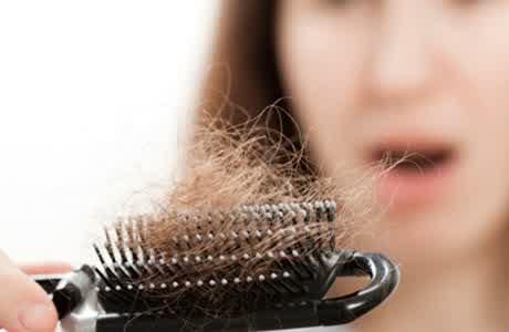 Tips Cara Mudah Perawatan Rambut Rontok