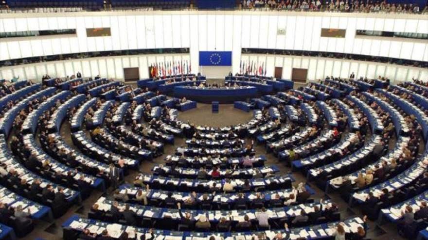 Parlamentarios europeos condenan ataques de la UE a Venezuela