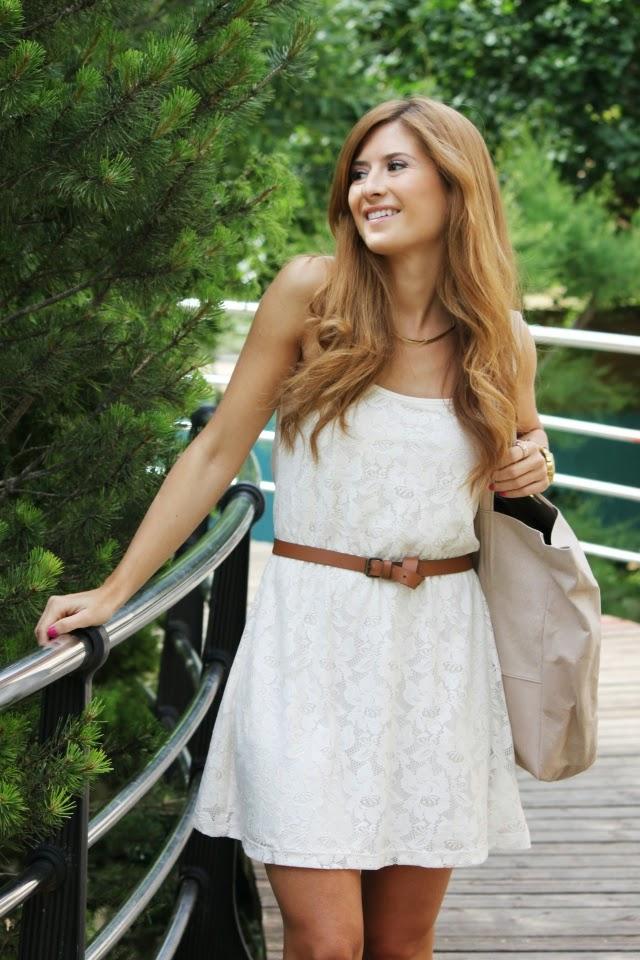Como combinar mi vestido blanco