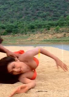 Kimi Katkar in Tarzan Movie