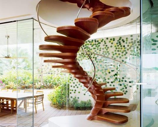 Tangga Spiral Rumah Dari Kayu