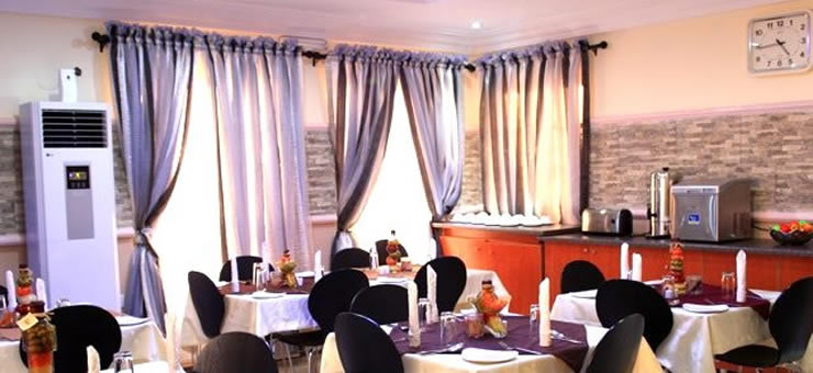 SDM Tavern Hotel restaurant