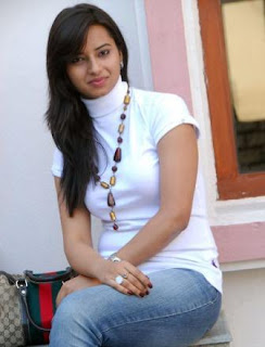 Actress Isha