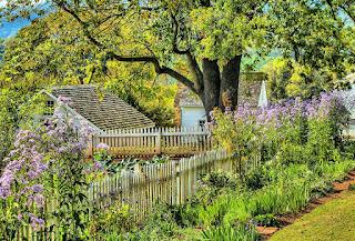https://pixabay.com/en/garden-flowers-spring-grass-191782/