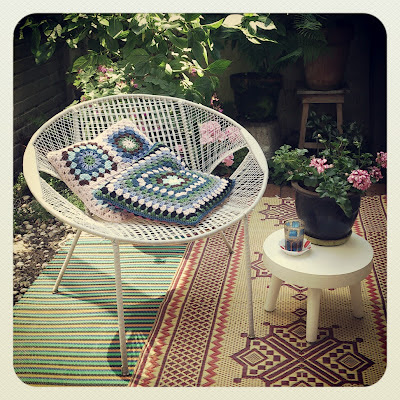 crochet cushions, garden, flowers
