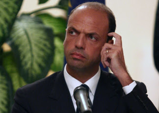 Angelino Alfano scratches his head, thinking of... something