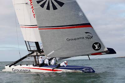L'AC45 de Groupama Team France sous ses nouvelles couleurs.