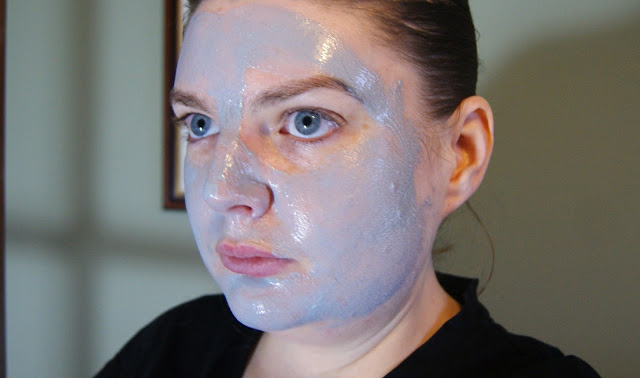Sanctuary Spa 5-Minute Thermal Detox Mask On Face
