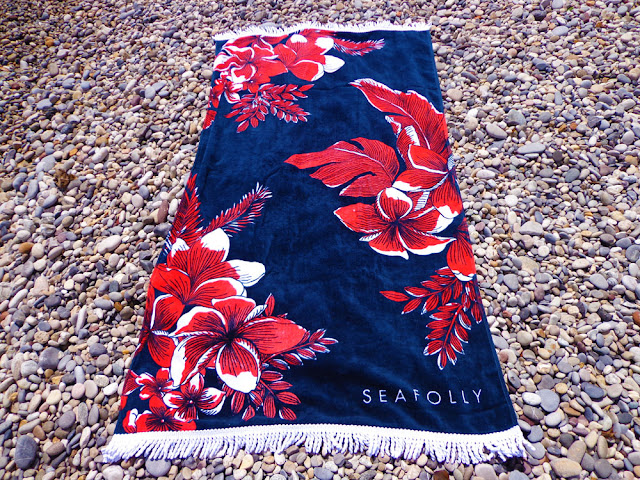Ma serviette de bain Seafolly avec Miss-Sea + bon plan serviette offerte pour l'achat d'un maillot !