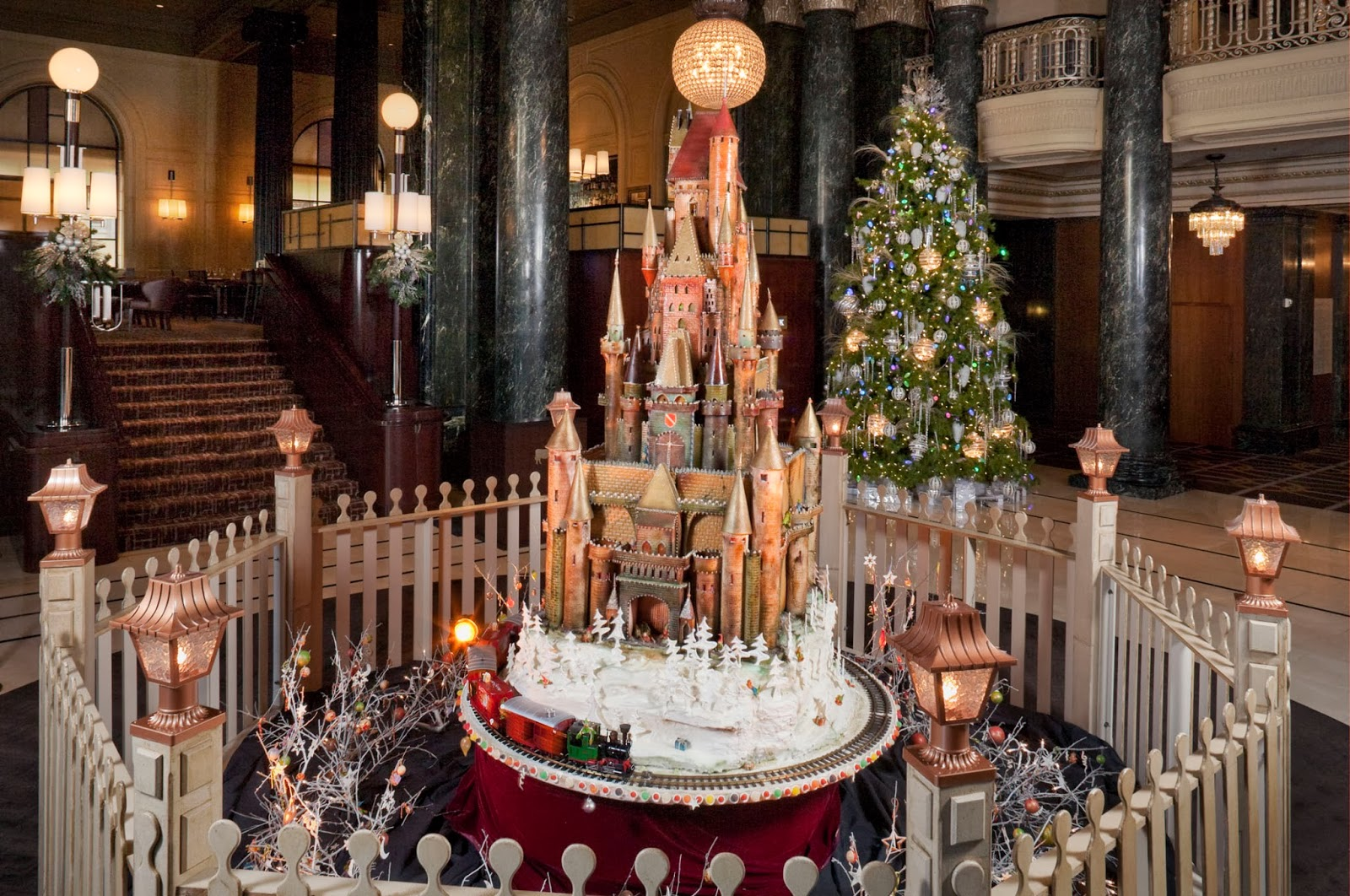 Christmas Decorated House San Francisco : Frisco kids gingerbread house activities in the bay area