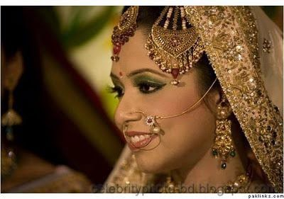 Beautiful+BANGLADESHI+BRIDE+WITH+GORGEOUS+MAKE UP+Photos+Collection008