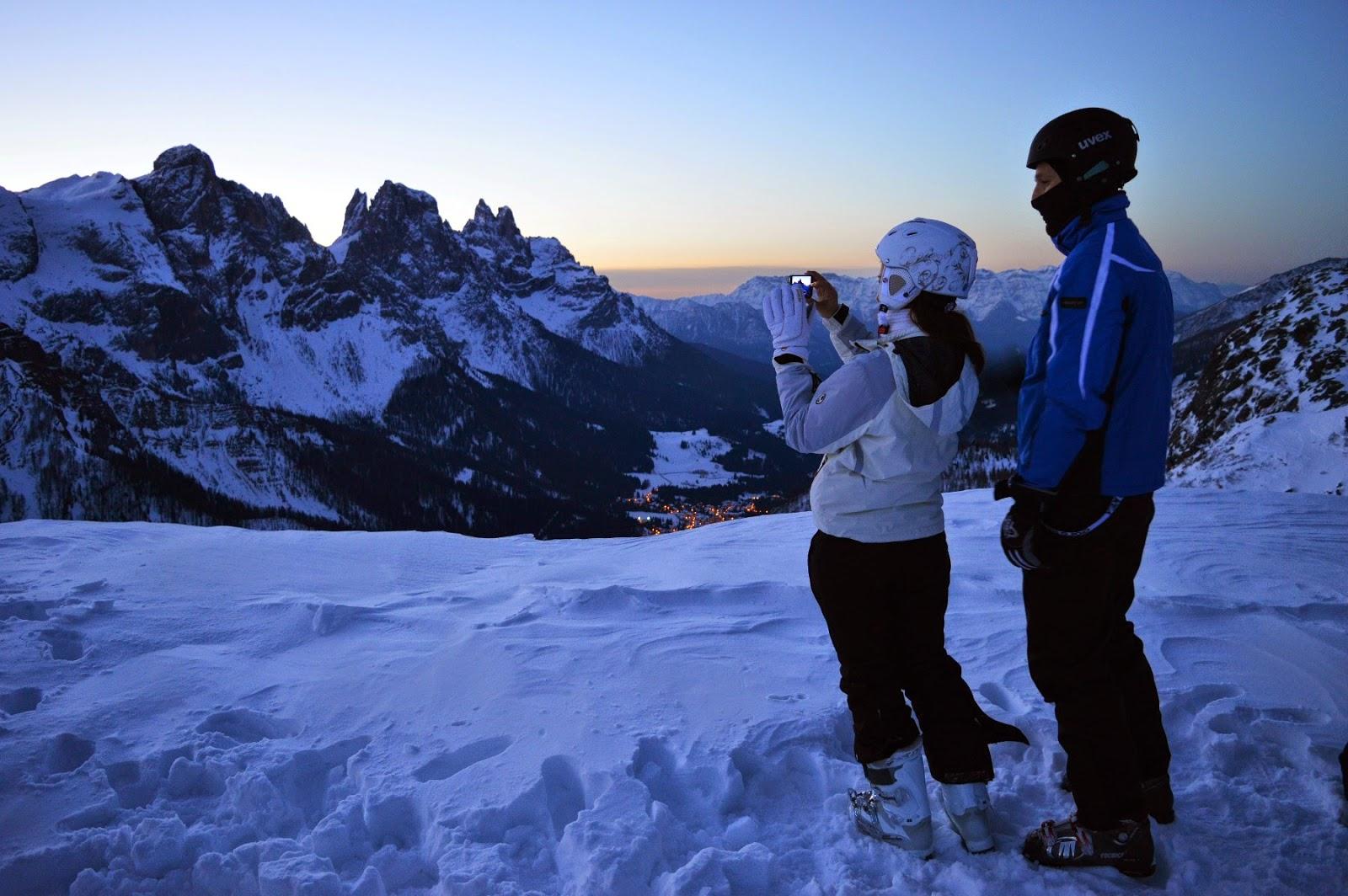 Trentino Ski Sunrise alba sulle dolomiti