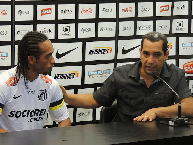 Everton Costa no Santos e Zinho