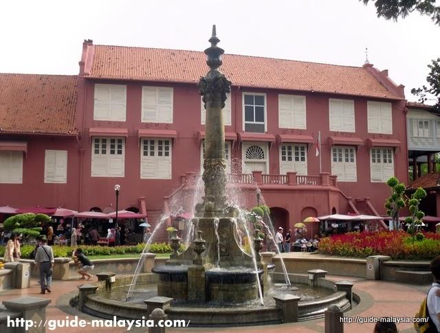 (الصرح الألماني) في ماليزيا : الستاديوس بالصور من مالاكا stadthuys-Museum-Mel