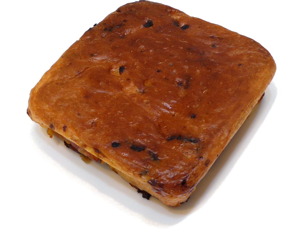 プチ・パン・ア・オニオン・エ・パルメザン(Petit pain à l'oignon et parmesan)   FAUCHON(フォション)
