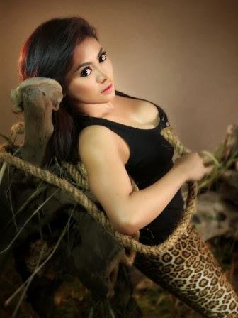 Foto Sexy Vitalia Shesya MALE Mata Lelaki 53