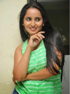 Ishika Singh New Stills at Tollfree Number 143 Press Meet