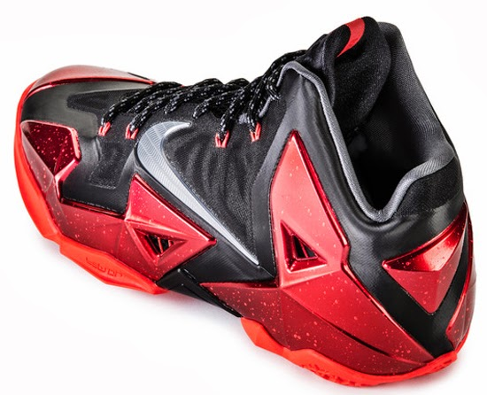 ajordanxi\u0026#39;s Sneaker World: Nike LeBron 11 \u0026quot;Away\u0026quot; Black/Metallic Silver-University Red-Bright Crimson November 2013