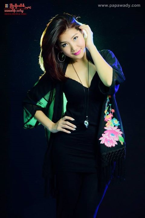 Myanmar Model Thazin - Studio Photoshoot