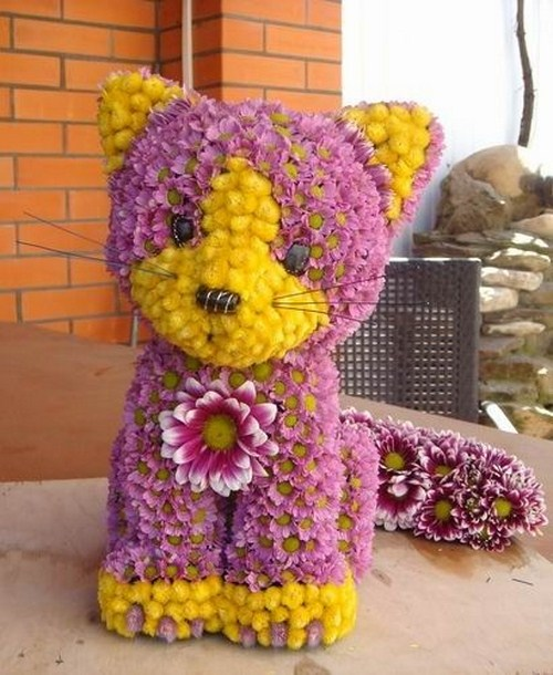 Beautiful Toys From The Flowers Pictures