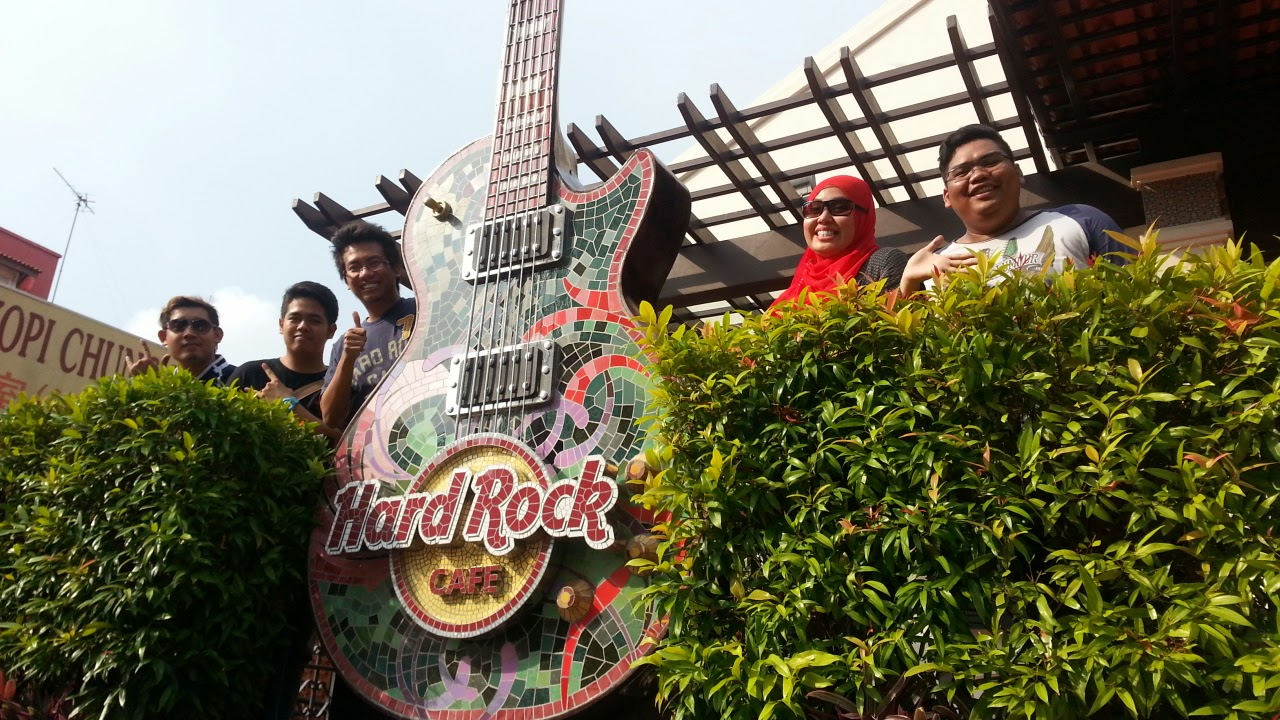 Hard Rock Cafe Melaka Birthday