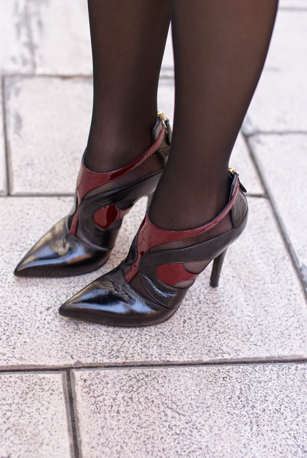 cut out stiletto heels with black sheer tights, Fashion and Cookies, fashion biogger, fashion blog, legs in black tights