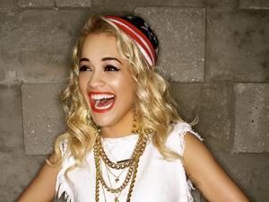 Rita Ora - Uneasy lyrics