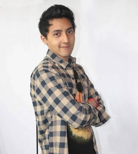 Profil dan Biodata Aaron Ashab