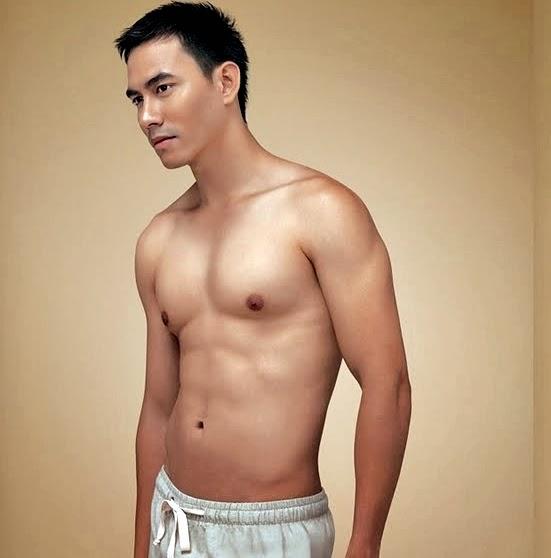 darius_sinathrya-sixpack-shirtless