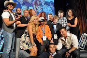 The WWE Superstars and Divas pose for a group shot. (Lanero Hill)