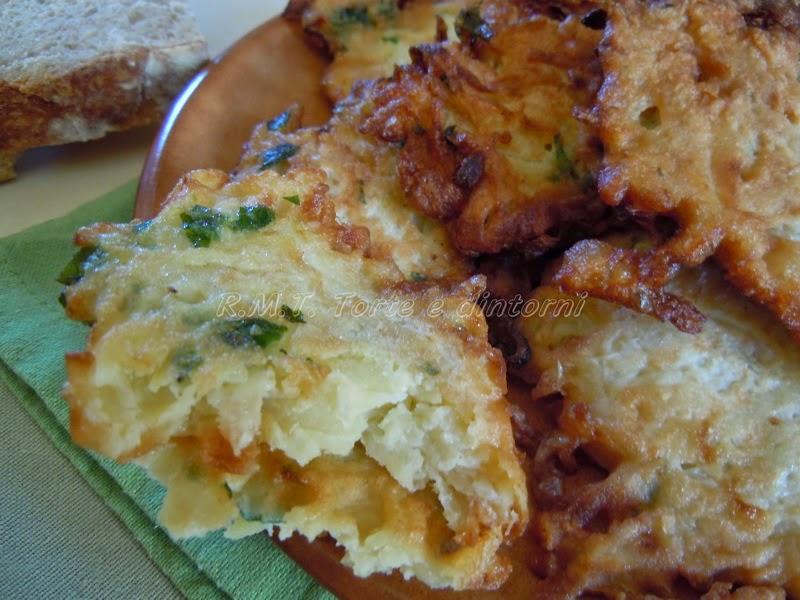 Placki ziemniaczane: frittelle di patate
