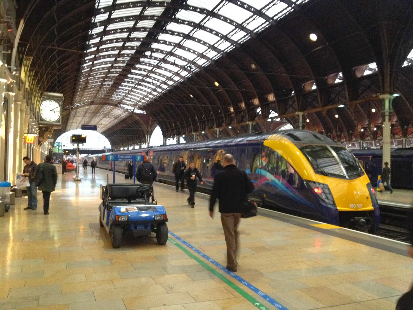 Beer branches paddington london part i these days first great western heathrow connect heathrow express and chilterm share the 14 platforms with fgw making up the vast majority of services sciox Choice Image