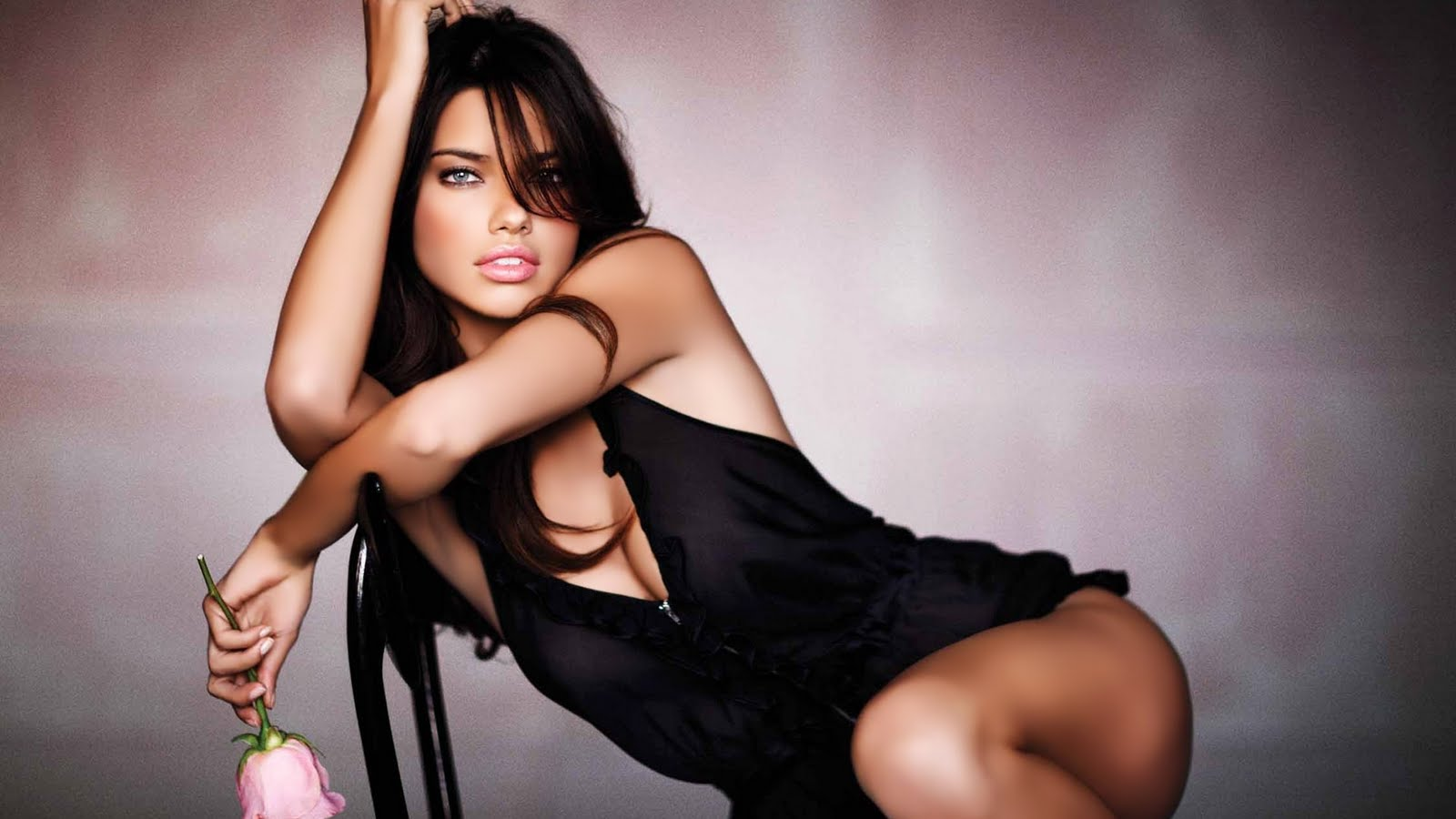 Mujeres Hermosas Wallpapers HD