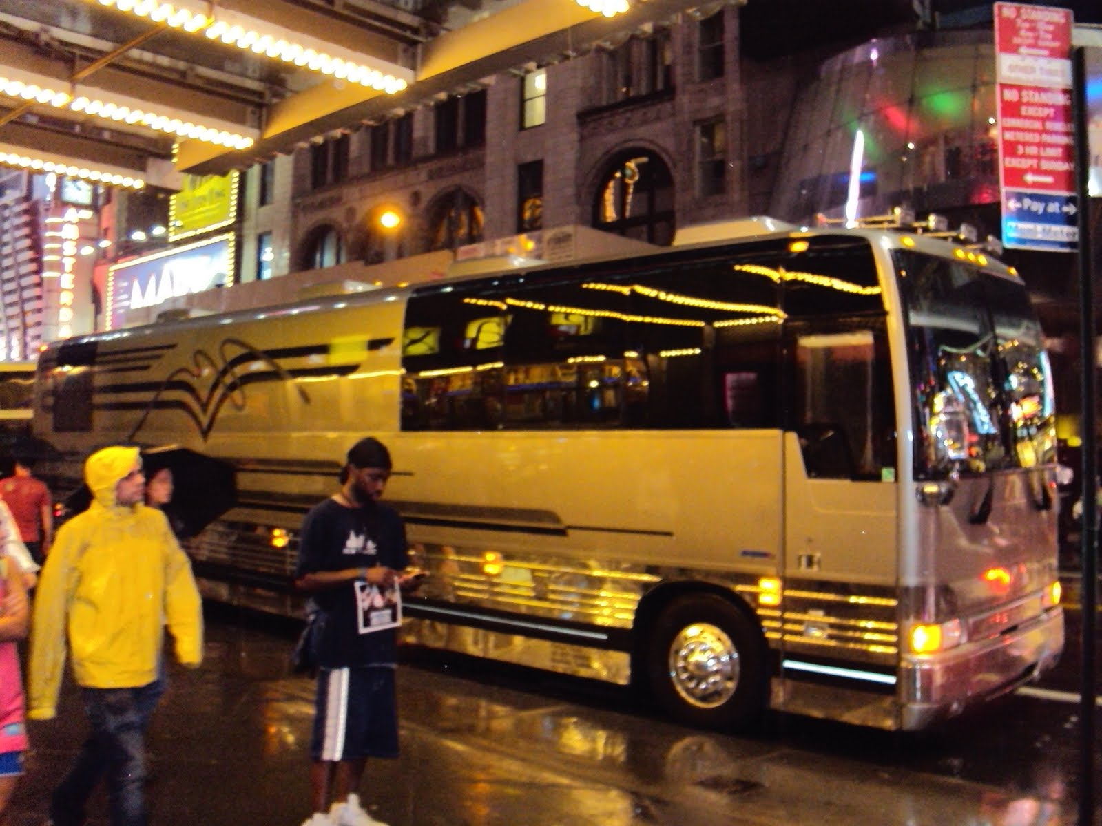 Justin Bieber Tour Bus Inside - Bing images