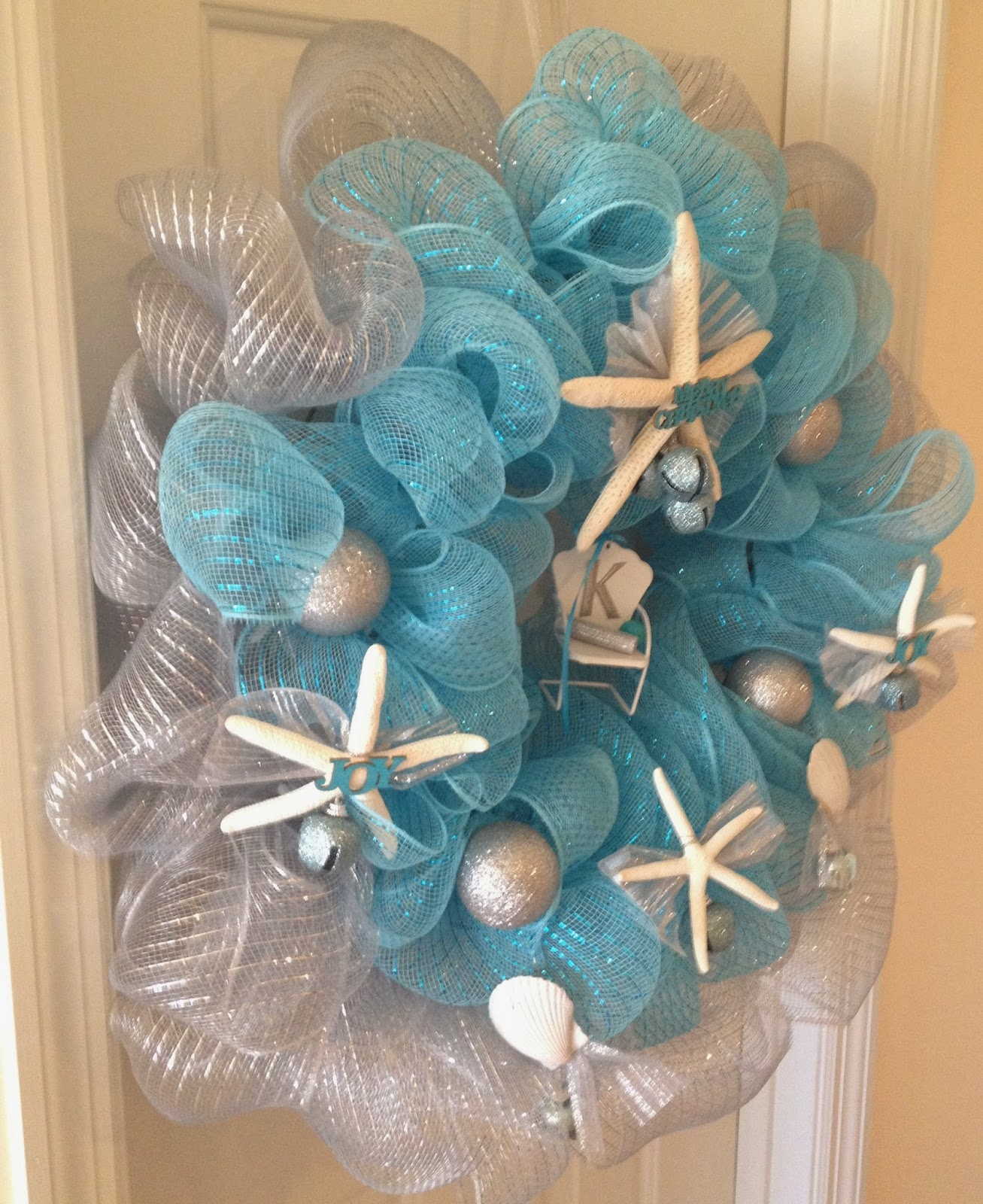 Coastal Christmas Deco Mesh Wreath
