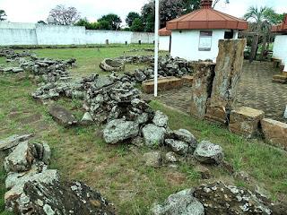 Remanescentes da redução de Yapeyú, no Museo de La Cultura Jesuítica.