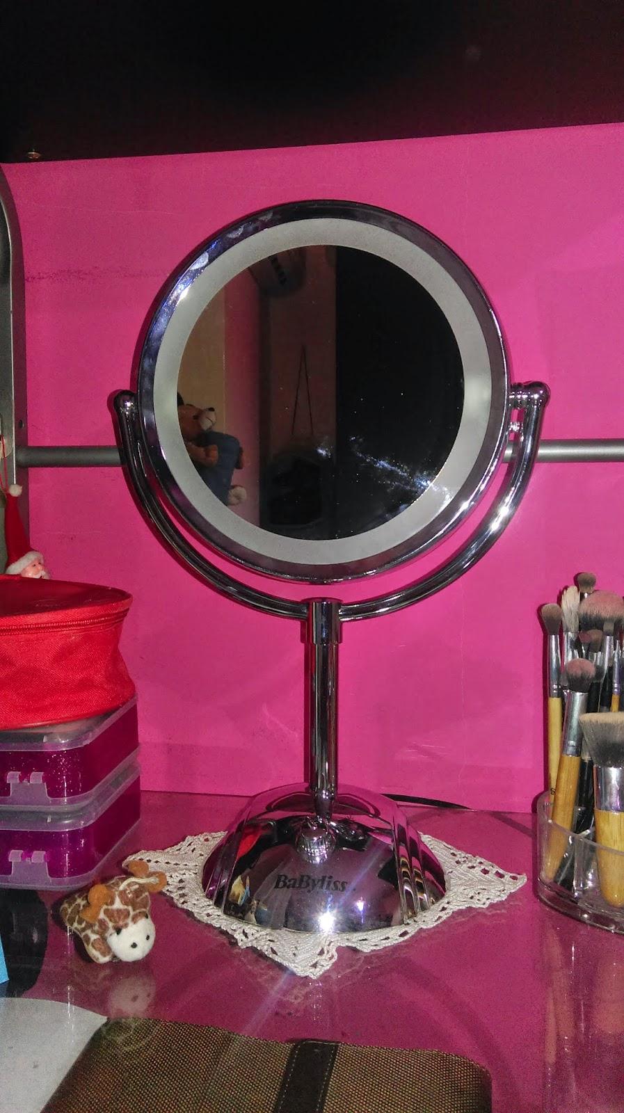 Looking by me recensione specchio luminoso babyliss 8438e - Specchio babyliss 8438e ...