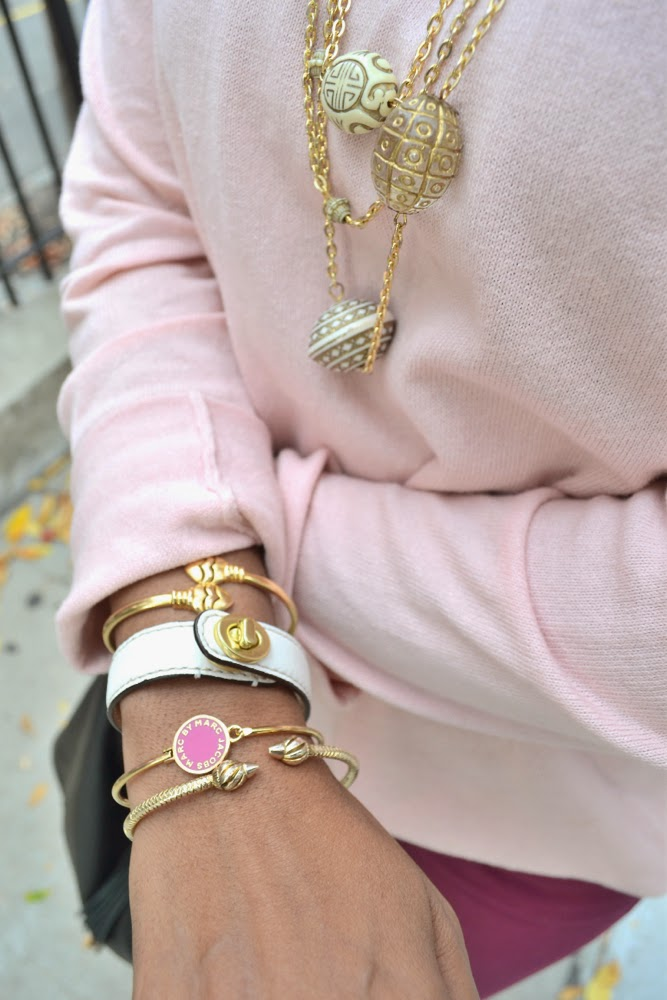 pink sweater zara gold necklace gold bangles marc jacobs