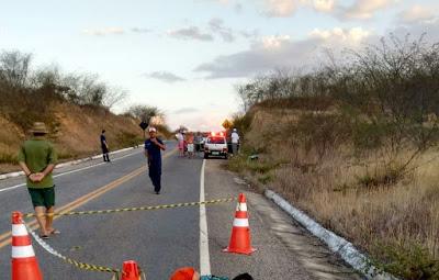 Mulher morre atropelada em rodovia que liga Reriutaba a Campo Lindo.