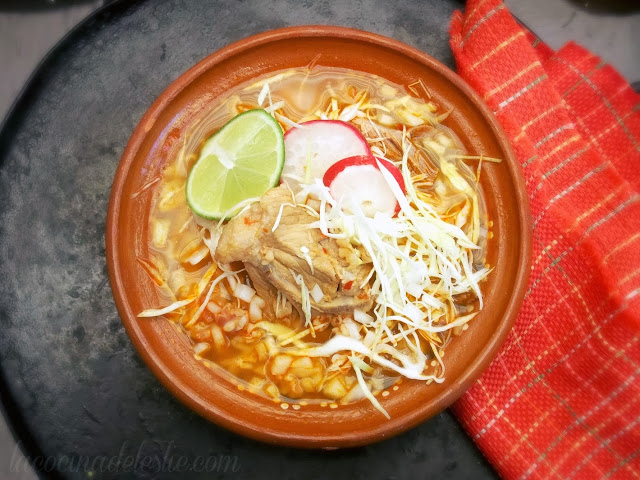 How to make traditional Mexican Pozole - lacocinadeleslie.com
